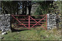 NM4327 : Metal Gate at Tavool House by Robert Struthers