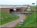 SK6736 : Low bridge warning signs by Alan Murray-Rust