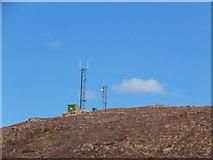 NH1804 : Communications masts above Loch Loyne by Alpin Stewart