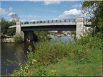 TQ0866 : Bridge over the Desborough Cut by Alan Hunt