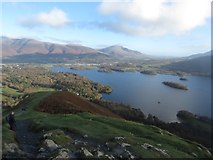 NY2521 : Derwent Water seen from Skelgill Bank by Graham Robson