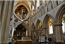 ST5545 : Wells Cathedral: The Scissor Arches at the end of the Nave by Michael Garlick