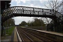 TQ5038 : Footbridge, Ashurst Station by N Chadwick