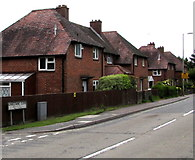 SU3521 : NW side of Lansdowne Close, Romsey by Jaggery