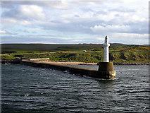 NJ9605 : South Breakwater, Aberdeen Harbour by John Lucas