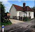 SU3521 : Gunville Gate House, Romsey by Jaggery