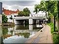 TQ2884 : Regent's Canal, Bridge#25 (Kentish Town) by David Dixon