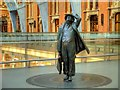 TQ3082 : John Betjeman Statue, St Pancras Station by David Dixon