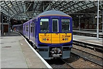 SJ3590 : Northern Electrics Class 319, 319382, platform 6, Liverpool Lime Street station by El Pollock