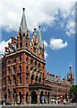 TQ3082 : St Pancras Station and Midland Grand Hotel, Euston Road (2) by Stephen Richards