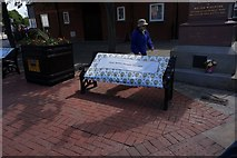 TA0827 : Bench dedicated to the Memory of Peter Nellist by Ian S