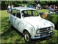 TR3358 : Vintage 1972 Renault 4, Sandwich by Chris Whippet