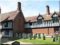 TM1473 : Timberframed house by Eye church by Evelyn Simak