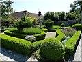 SU8403 : Rymans - Box hedged formal garden by Rob Farrow
