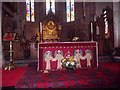 NO4030 : High Altar, St Paul's Cathedral, Dundee by Stanley Howe