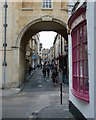 ST7464 : Bath - Archway into Queen Street by Rob Farrow