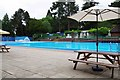 SO9063 : Open-air swimming pool, Droitwich Lido, Droitwich Spa, Worcs by P L Chadwick