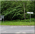 SO5808 : B4228 distances sign near Clearwell and Milkwall by Jaggery