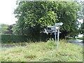 SU7791 : Grass triangle on Dolesden Lane, Fingest by David Howard