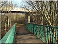 SP3477 : Shared path through the Whitley junction, Coventry by Robin Stott