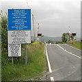 SN6193 : Dual language signs at level crossing, Ynyslas by Robin Stott