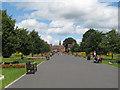 SJ6855 : Queen's Park: avenue by Stephen Craven