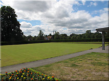 SJ6855 : Queen's Park: bowling green by Stephen Craven