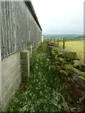 SE0322 : Sowerby Bridge FP115 (Link C) passing a barn at Upper Plain Farm by Humphrey Bolton