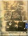 ST5873 : Decorated soot, Bristol by Derek Harper