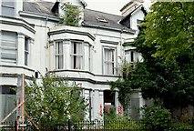 J3372 : Nos 35-41 Wellington Park, Belfast - August 2015(2) by Albert Bridge