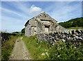SD7867 : Cat Hole Barn on Hale Lane by Philip Platt