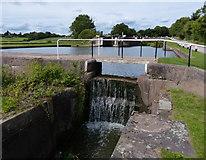 SP1976 : Footbridge at Knowle Bottom Lock No 47 by Mat Fascione