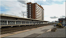 SU1585 : Swindon Station by Peter McDermott