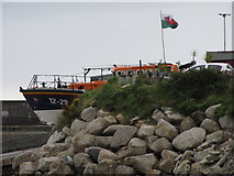 J3729 : The Newcastle Lifeboat on the launching ramp by Eric Jones