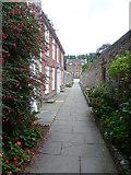 SU8504 : St Richard's Walk by Marathon