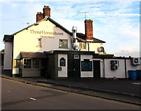 ST3090 : East side of the Three Horseshoes pub & dining, Malpas, Newport by Jaggery