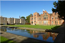 SE6250 : Heslington Hall and Lawns by DS Pugh