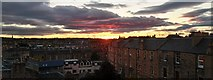 NT2572 : Auld Reekie sunset by Peter Evans