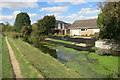 SP8911 : A clear bit of canal by Des Blenkinsopp