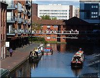 SP0686 : Worcester and Birmingham Canal in Birmingham by Mat Fascione