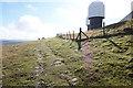 NY7132 : Pennine Way at  Great Dun Fell by Ian S
