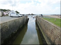 SS2006 : Sea lock on the Bude Canal, Cornwall by Derek Voller