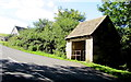 SO8601 : Rural bus shelter, Burleigh by Jaggery