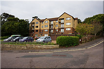 SZ5881 : Apartments on Chine Avenue, Shanklin by Ian S