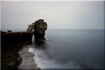 SY6768 : Pulpit Rock, Portland Bill by Ian Andrews