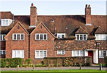 TQ2688 : Housing terrace, Emmott Close, Hampstead Garden Suburb by Jim Osley