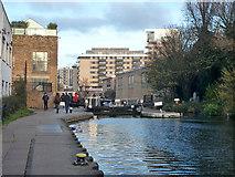 TQ3283 : Sturt's Lock, Regent's Canal by Robin Webster