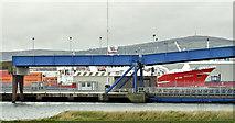 """J3475 : The """"Stefanie M"""" (N718), Belfast (November 2015) by Albert Bridge"""