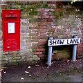 SJ8104 : King George V postbox, Shaw Lane, Albrighton by Jaggery