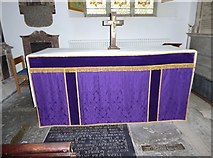 TQ5802 : St Mary, Willingdon: altar by Basher Eyre